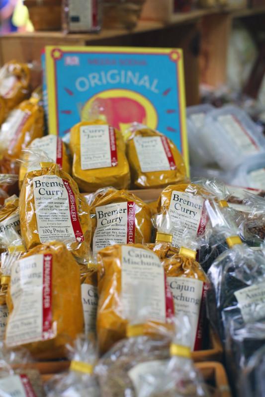 Gewuerze Verkaufsstand Bremer Curry Bremer Gewuerzhandel