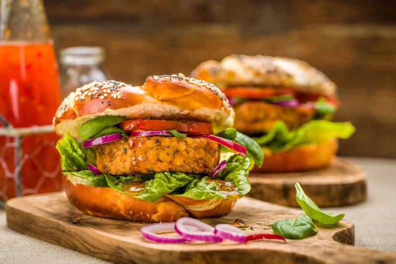 Vegetarischer burger salat bremer gewuerzhandel