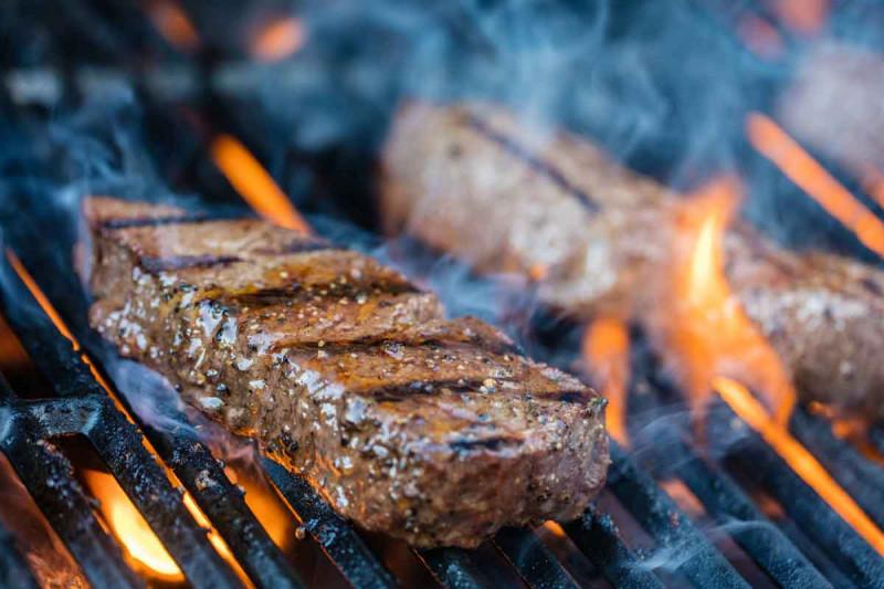 Steak Grill Grillen Feuer Bremer Gewuerzhandel