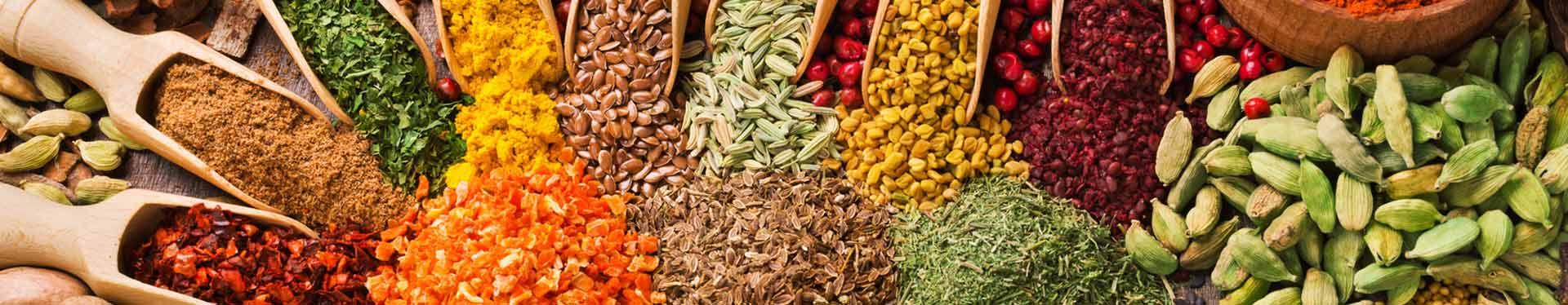 Kräuter und Gewürze ohne Zusatzstoffe