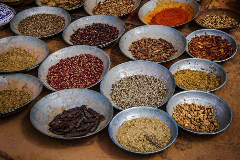 gewuerze schalen bestandteile gewuerzmischungen bremer gewuerzhandel