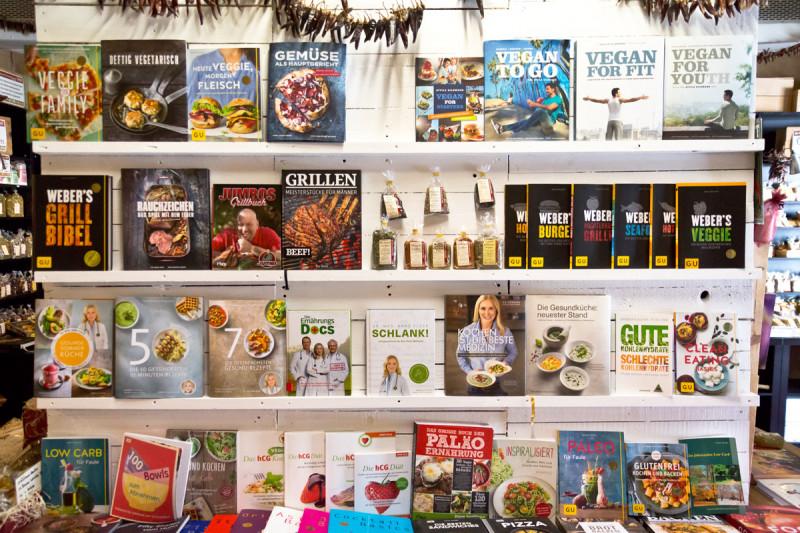 Kochbücher, Backbücher und Bücher über Gewürze im Lagerverkauf vom Bremer Gewürzhandel kaufen