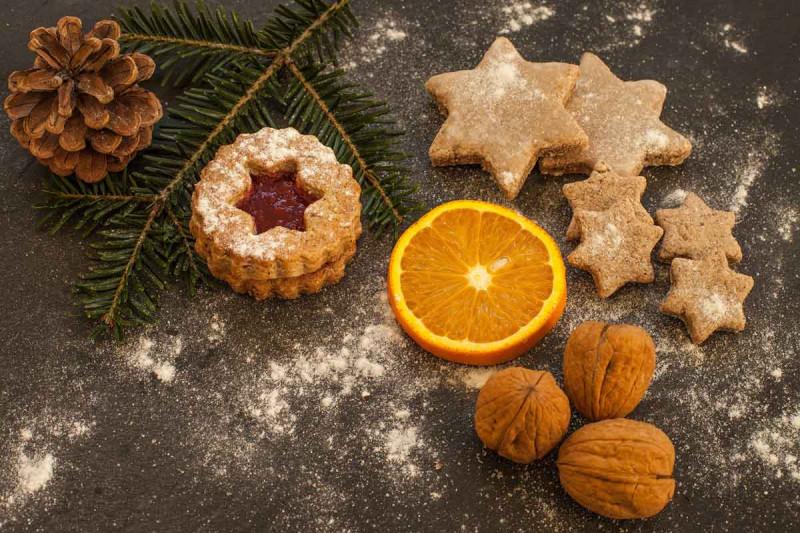 weihnachtsplaetzchen weihnachtsgebaeck orange tanne bremer gewuerzhandel