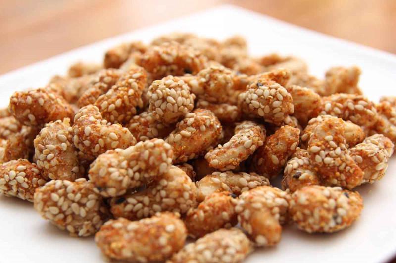 nuesse cashewkerne cashewnuesse honig sesam selber roesten bremer gewuerzhandel