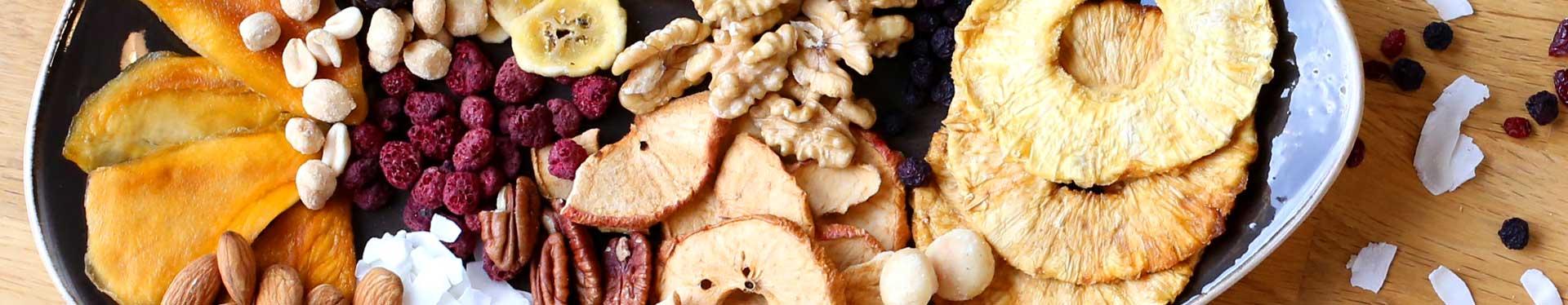 Trockenfrüchte & Nüsse